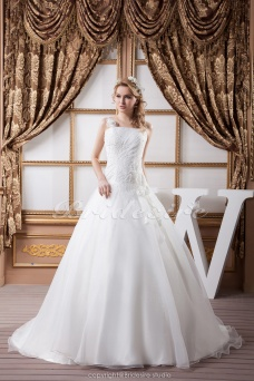 Princess Spaghetti Straps Floor-length Sweep Train Sleeveless Satin Chiffon Wedding Dress