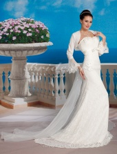 Mermaid/Trumpet Lace Court Train Sweetheart Wedding Dress With A Wrap