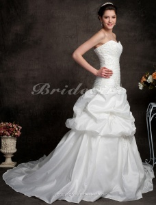 A-line Sweetheart Strapless Pick-up Taffeta Wedding Dresses with Beaded Applique