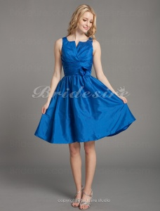 A-line Notched Neckline Taffeta Knee-length Cocktail Dress