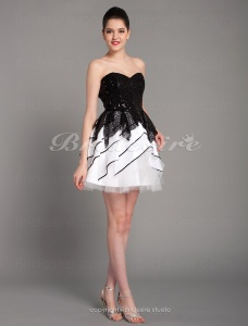 Ball Gown Sequined Short/Mini Sweetheart Cocktail Dress