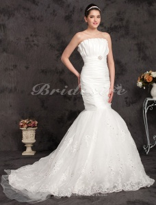 Mermaid/Trumpet Taffeta Chapel Train Strapless Wedding Dress