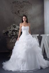 Ball Gown Strapless Chapel Train Sleeveless Organza Wedding Dress
