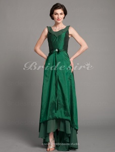 A-line Taffeta And Chiffon Asymmetrical V-neck Mother of the Bride Dress