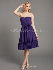 A-line Chiffon Knee-length Strapless Bridesmaid Dress