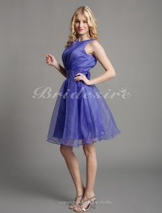 A-line Organza Knee-length Bateau Bridesmaid Dress