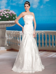 Ball Gown Lace Satin Floor-length Strapless Wedding Dress