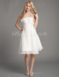 A-line Chiffon Knee-length Strapless Cocktail Dress With Flowers