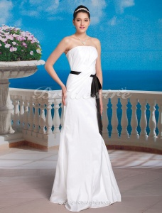 Mermaid/Trumpet Taffeta Floor-length Strapless Wedding Dress