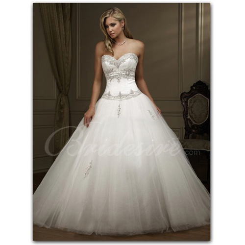 A-line Strapless Sleeveless Chapel Train Organza Wedding Dress