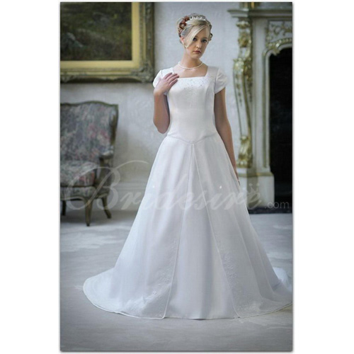 A-line Square Neck Short Sleeves Chapel Train Satin Wedding Dres