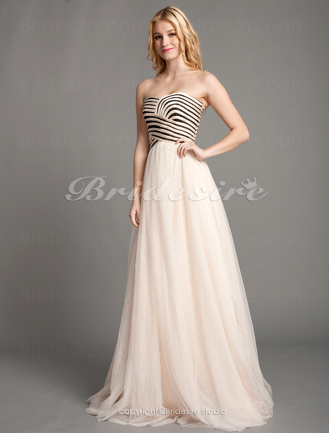 Sheath/Column Tulle Floor-length Sweetheart Evening Dress With C