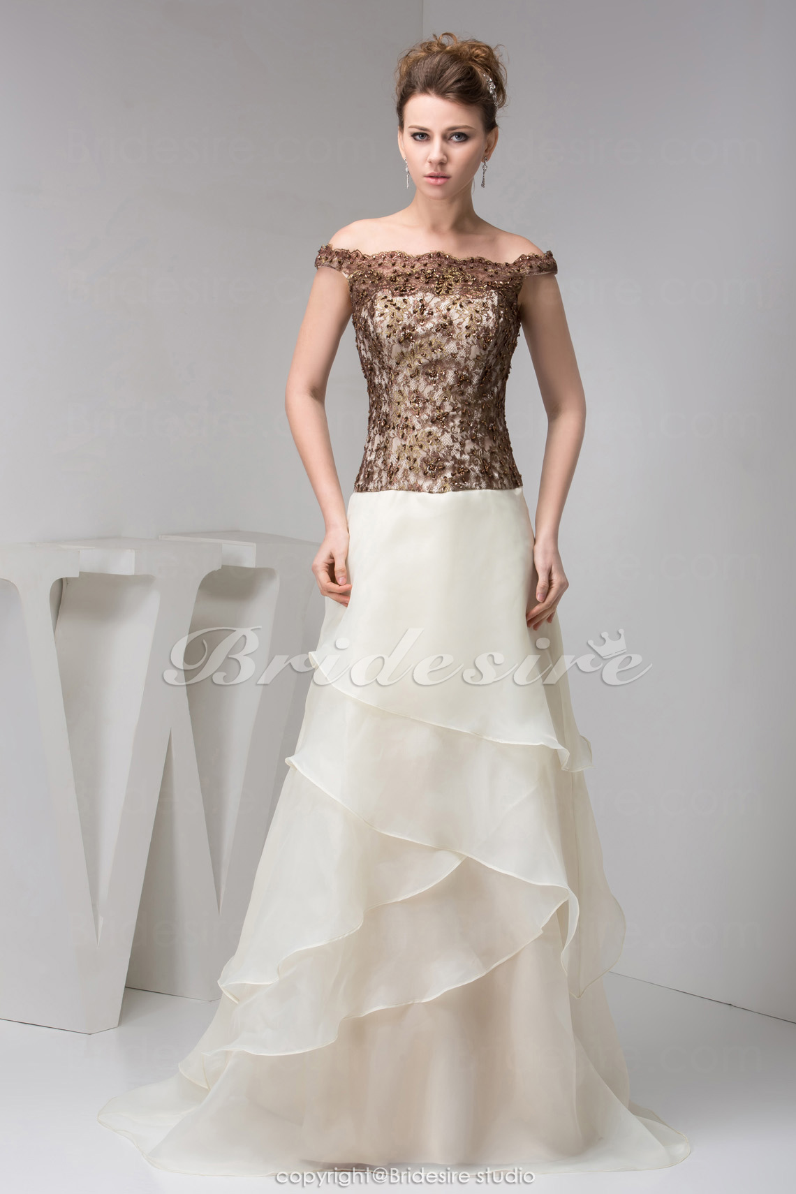 A-line Off-the-shoulder Sweep Train Sleeveless Organza Lace Dres