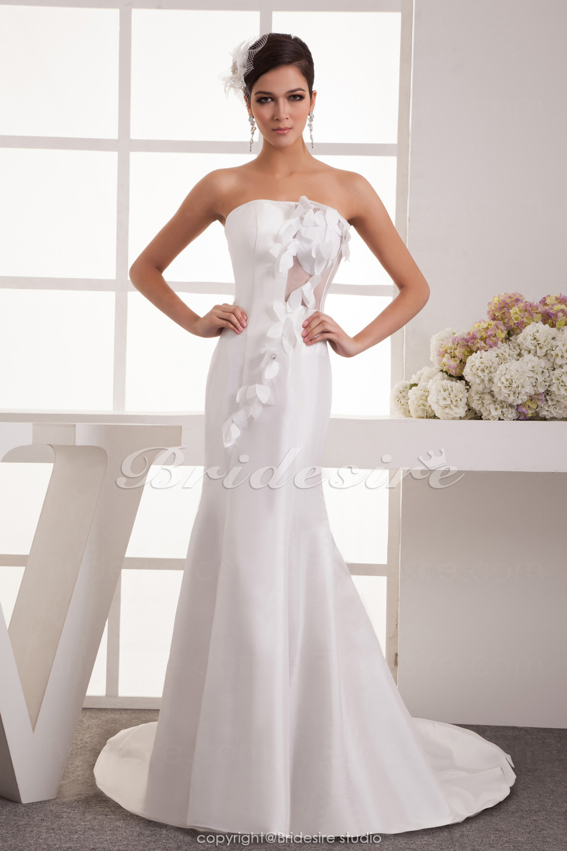 Trumpet/Mermaid Strapless Floor-length Chapel Train Sleeveless S
