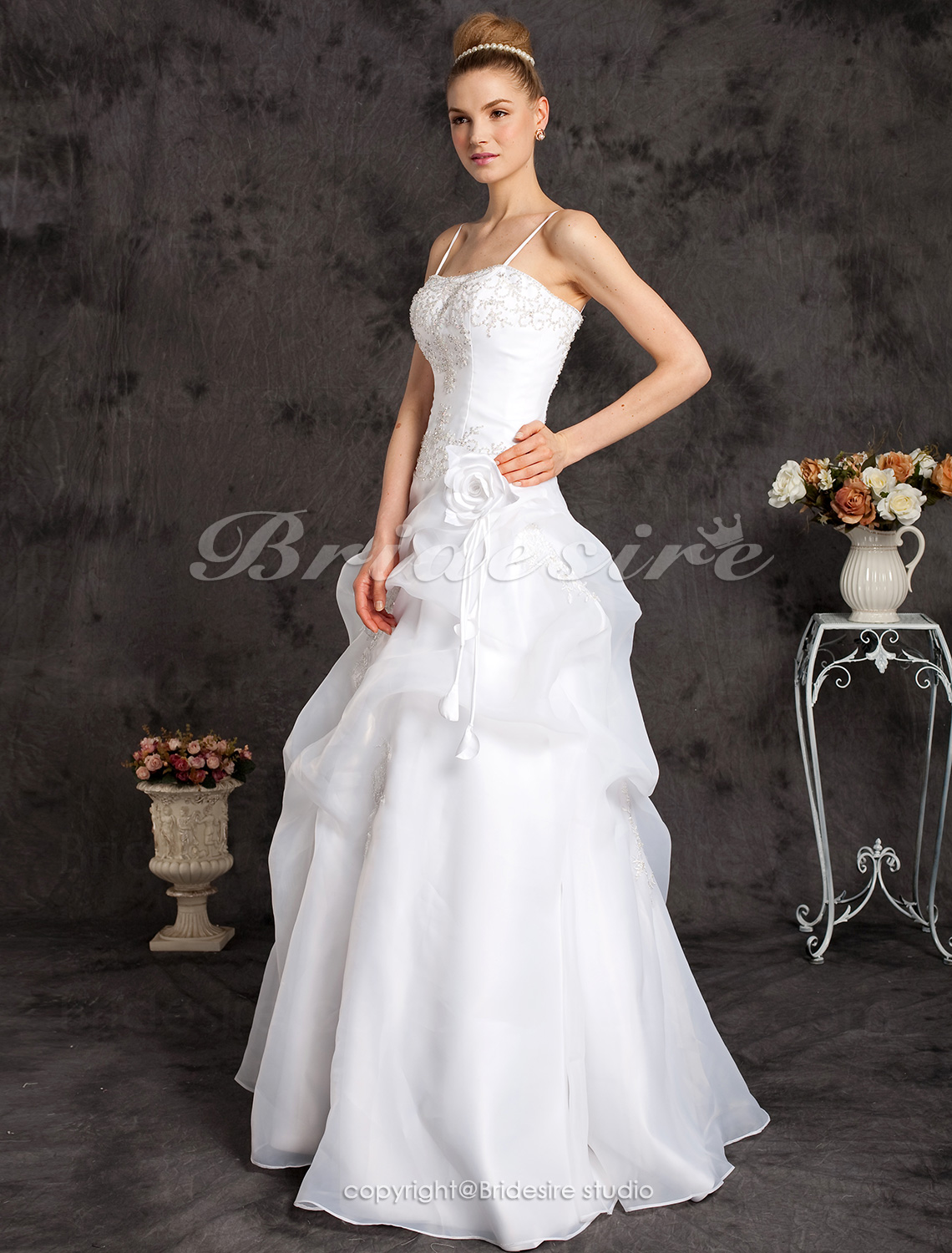 Ball Gown Floor-length Spaghetti Straps Wedding Dress