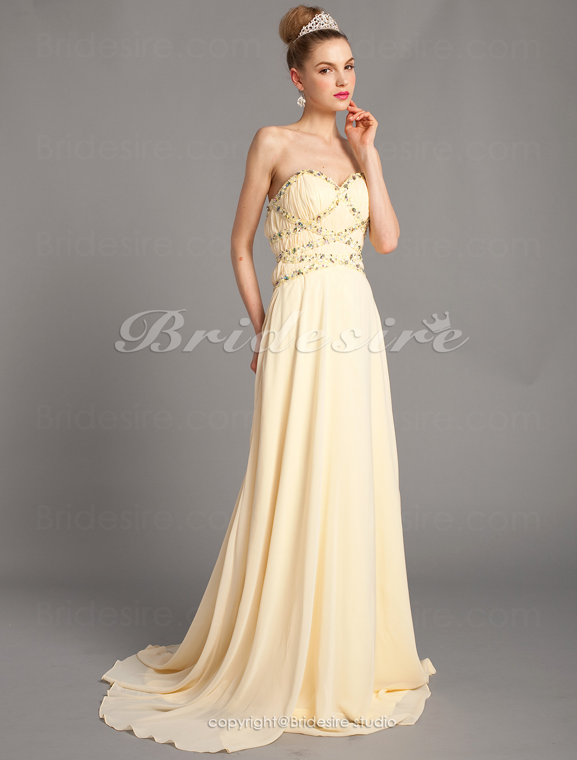 Mermaid / Trumpet Strapless Sleeveless Court Train Satin Wedding