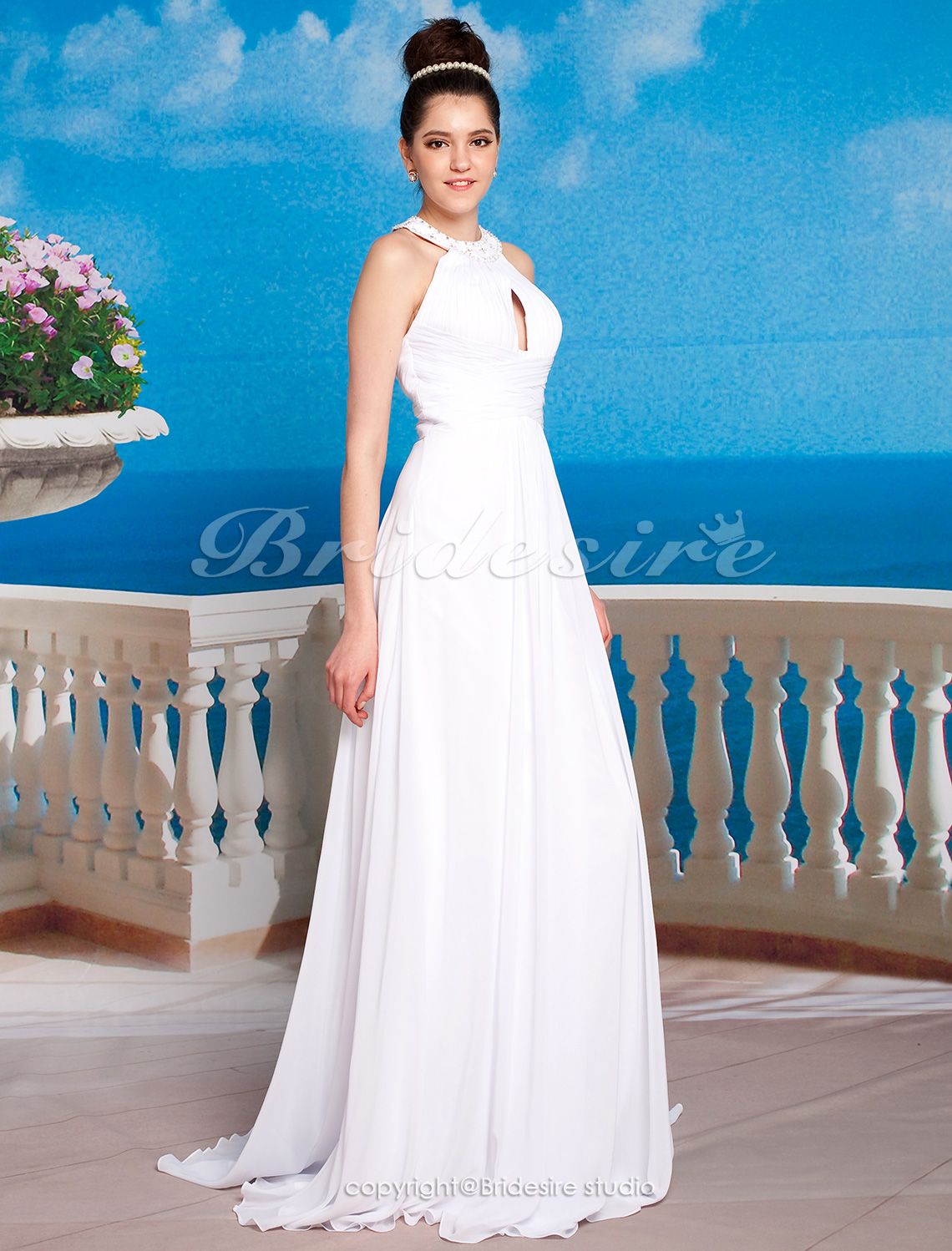 Empire Halter Sleeveless Court Train Chiffon Wedding Dress