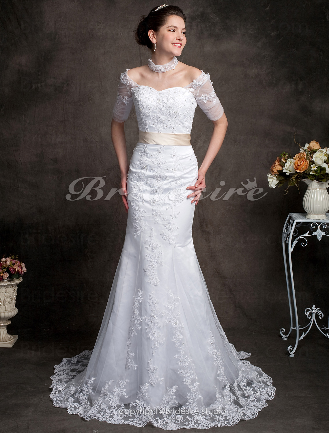 Trumpet / Mermaid Lace Chapel Train Off-the-shoulder Wedding Dre