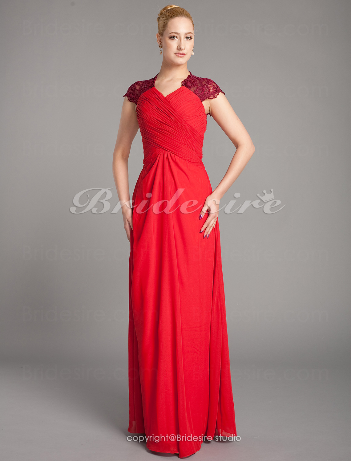 Sheath/ Column Chiffon Matte Satin Floor-length Mother of the Br