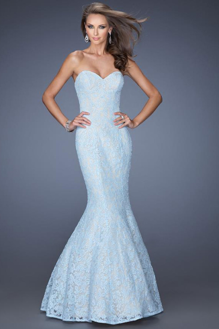 Trumpet/Mermaid Sweetheart Floor Length Lace Dress