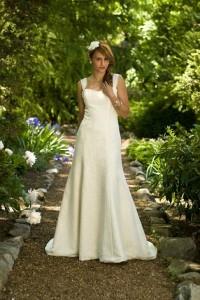 eco-friendly-wedding-dress-05
