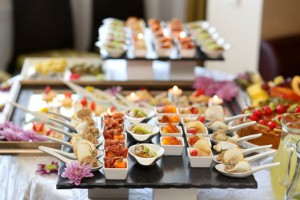 serving-food-for-wedding-receptions