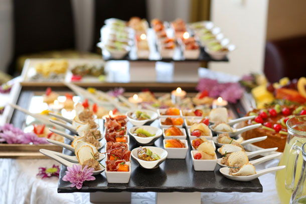 Serving Food for Wedding Receptions The Green Guide