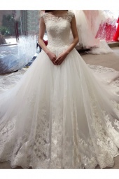 Ball Gown Bateau Sleeveless Tulle Wedding Dress
