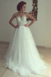 A-line Scoop Sleeveless Tulle Wedding Dress