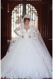 Ball Gown V-neck Long Sleeve Tulle Wedding Dress
