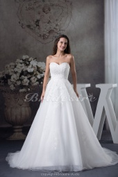 A-line Sweetheart Chapel Train Sleeveless Organza Wedding Dress