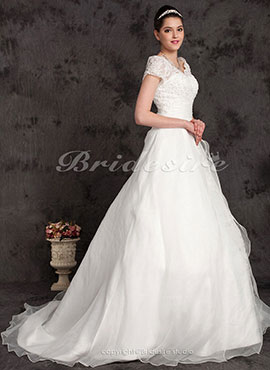 95f70629e20 Ball Gown Plus Size Organza Chapel Train Off-the-shoulder Wedding Dress