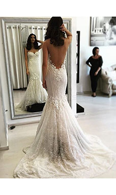 Trumpet/Mermaid Bateau Sleeveless Lace Wedding Dress