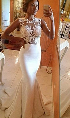 Trumpet/Mermaid Scoop Sleeveless Satin Wedding Dress