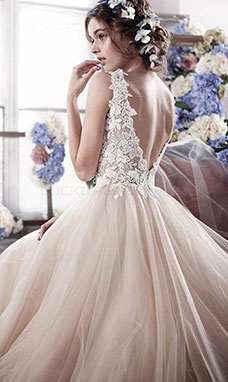 A-line Bateau Sleeveless Tulle Wedding Dress