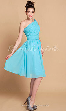 A-line Knee-length One Shoulder Chiffon Side-Draped Bridesmaid Dress