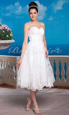 A-line Satin Tea-length Sweetheart Wedding Dress