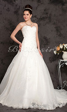 A-line/Princess Organza Chapel Train Strapless Wedding Dress