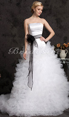 Ball Gown Tulle Court Train Strapless Wedding Dress