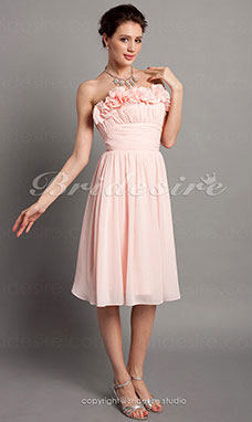 A-line Chiffon Knee-length Strapless Bridesmaid Dress With Flower