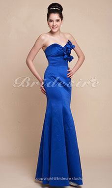 Trumpet/Mermaid Floor-length Satin Sweetheart Bridesmaid Dress