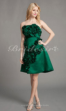A-line Satin Strapless Knee-length Princess Cocktail Dress