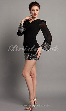 Sheath/Column Chiffon Over Sequins Short/Mini V-neck Cocktail Dress