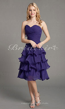 A-line Knee-length Sweetheart Chiffon Tiered Bridesmaid Dress