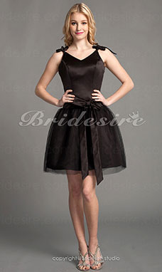 A-line Satin And Tulle V-neck Bridesmaid Dress
