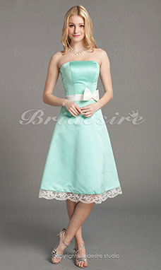 A-line Satin Lace Knee-length Strapless Bridesmaid/ Homecoming Dress