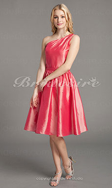 A-line Taffeta Knee-length One shoulder Bridesmaid Dress