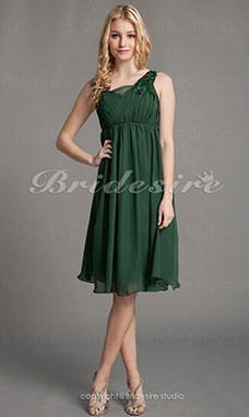 A-line Knee-length Straps Tulle Chiffon Bridesmaid Dress