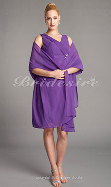 Sheath/Column Chiffon Knee-length V-neck Mother Of The Bride Dress With A Wrap