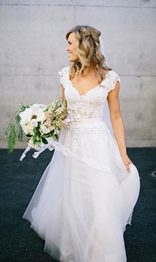 A-line V-neck Sleeveless Lace Wedding Dress